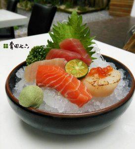 29 青田七六menu-生魚片定食