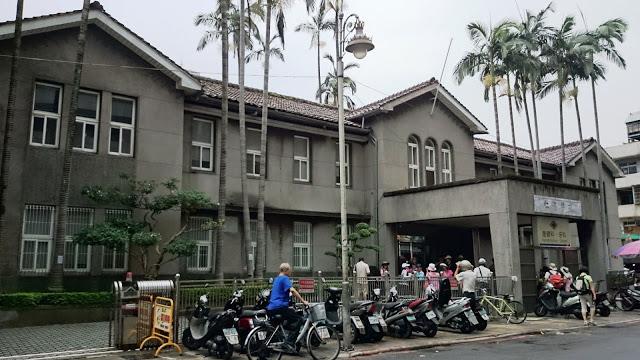 青田七六-街區慢步-艋舺的青草店與醫生館-街景圖1