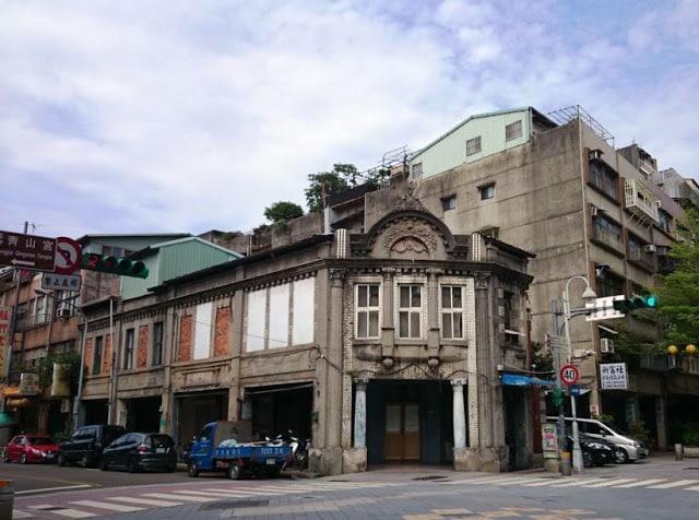 青田七六-街區慢步-艋舺的青草店與醫生館-街景圖2