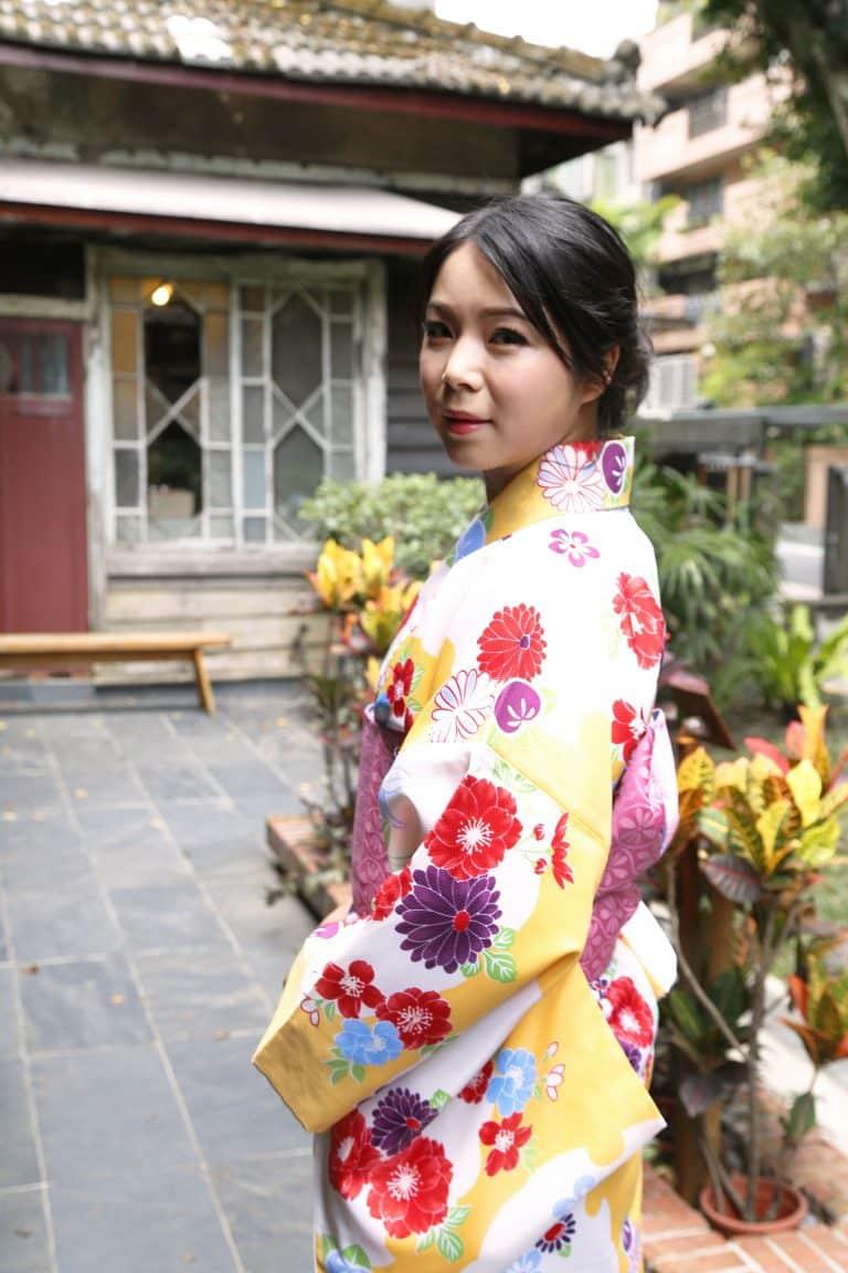 何詩韻(Momoko)老師與小紋和服