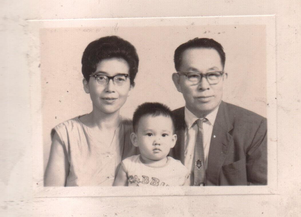 青田七六-馬廷英教授與小野千鶴子夫人家庭合照