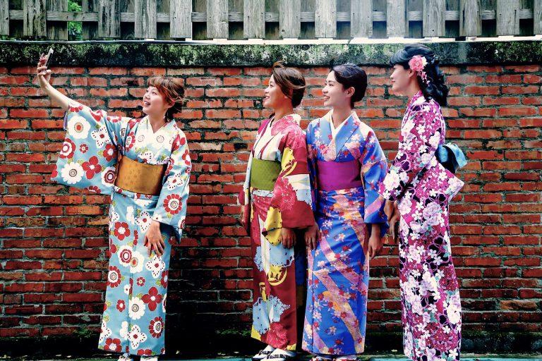 青田七六-七六聚樂部-浴衣和服-小紋和服-員工拍攝 (1)